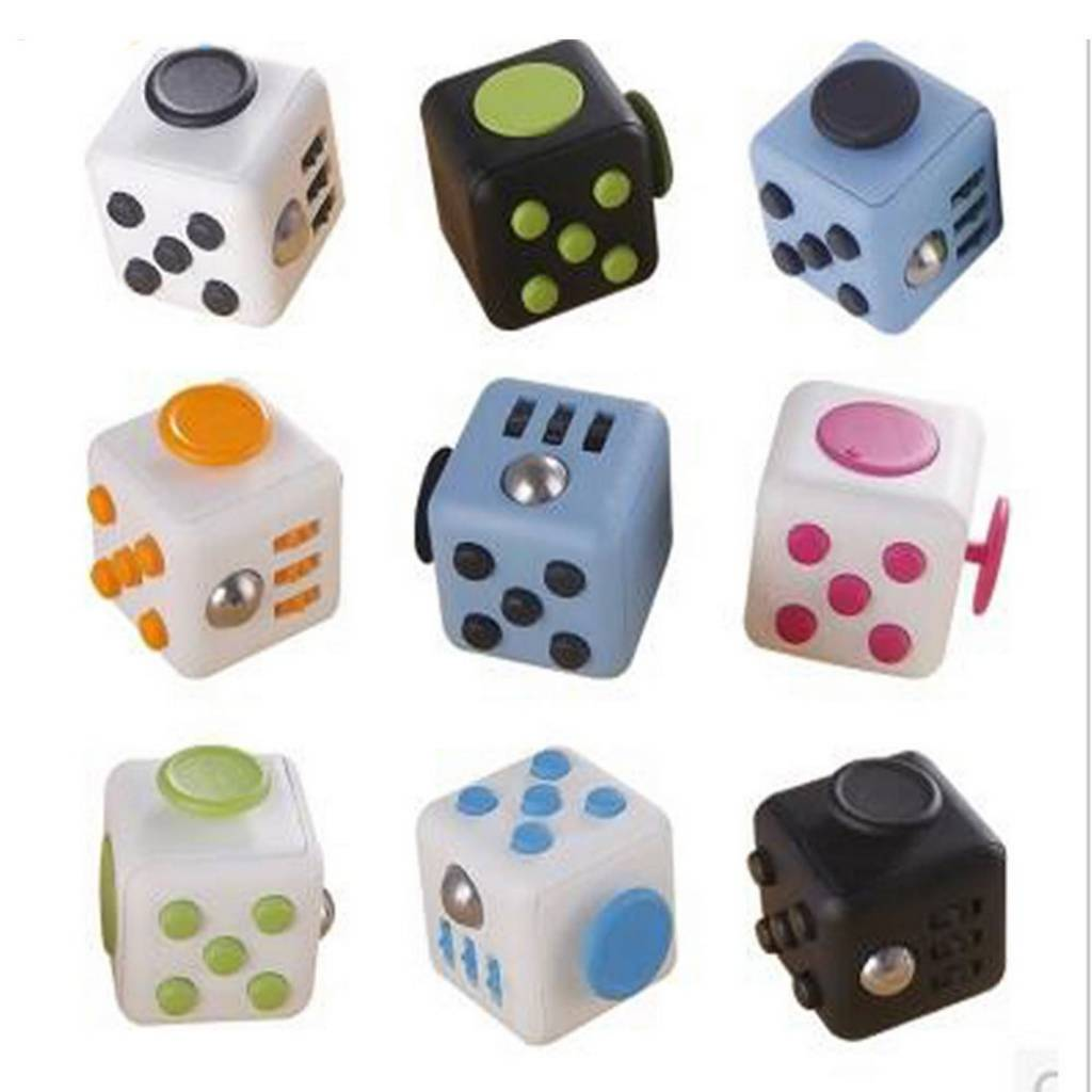 FIDGET CUBES - Colores varios